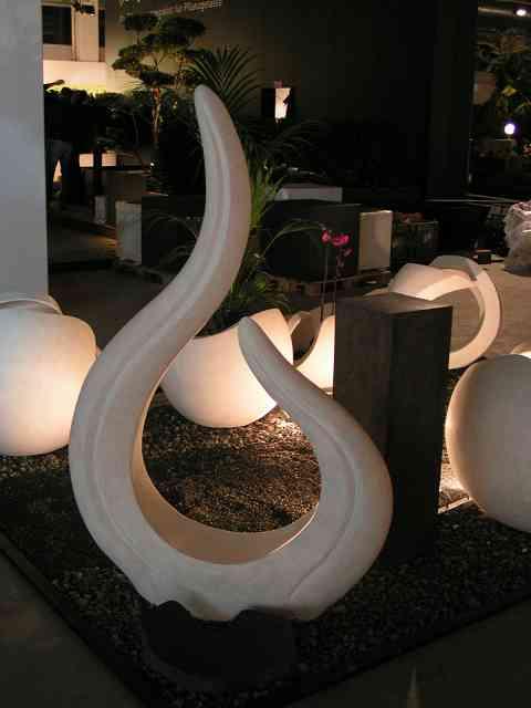 Skulptur Flame kein Licht